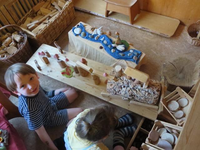 Freier waldorfkindergarten magdeburg tageslauf for Raumgestaltung waldorf